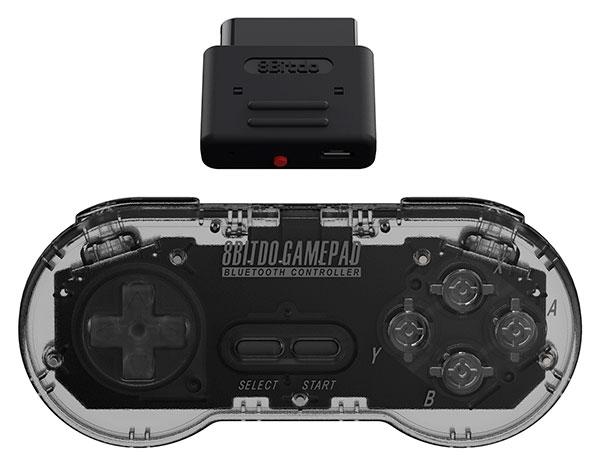Консоль Super Nt позволяет запускать оригинальные картриджи для Super Nintendo