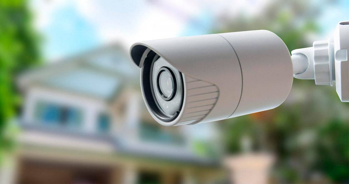 Картинки по запросу Камеры видеонаблюдения - стоит ли их устанавливать дома?