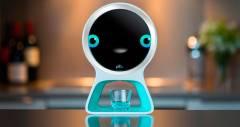 Pillo: персональный робот, выдающий таблетки по расписанию