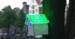 Шпаківня, яка роздає Wi-Fi в обмін на турботу про навколишнє середовище