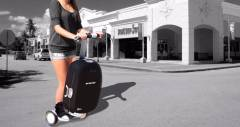 Чемодан-самокат Olive економить час і сили в аеропорту