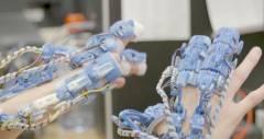 Наречений екзоскелет допоможе хірургам в проведенні операцій