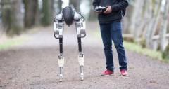 Робот Cassie от Agility Robotics демонстрирует будущее для ходящих роботов