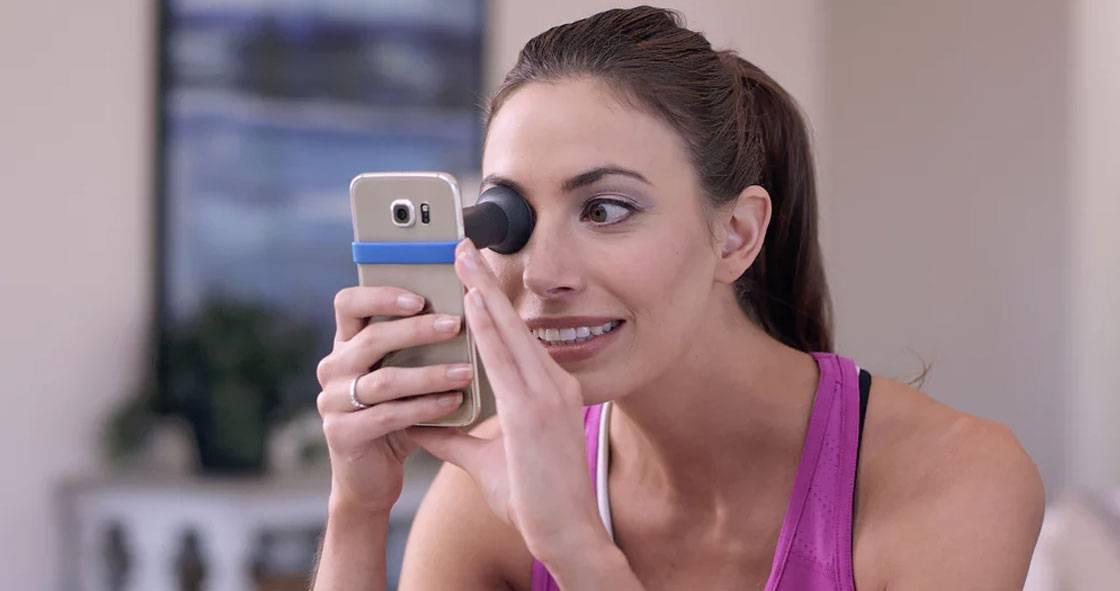 Набор EyeQue для проверки зрения сэкономит время на походы к окулисту